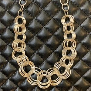 🆕Mossimo Silver Circle Loop Chain Necklace